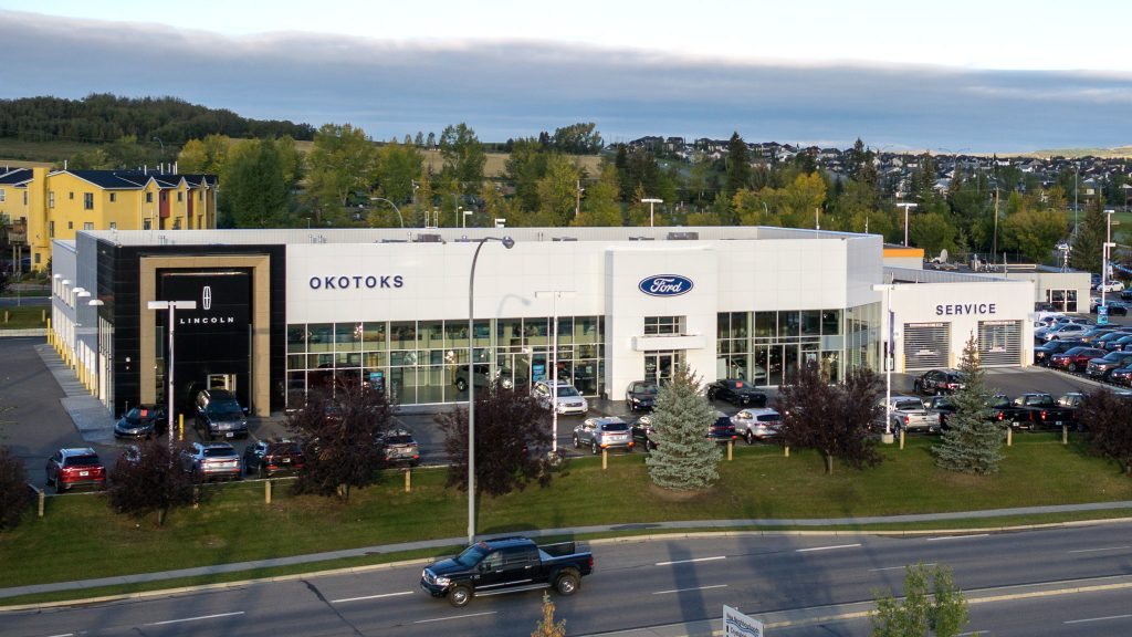 Ford dealer, Okotoks Ford Lincoln